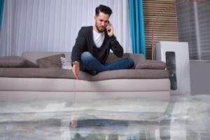 Safety Tips to Deal with Water Damage